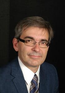 Sr. Roberto Garzo Aguarta