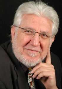 Sr. Julio Martínez Calzón