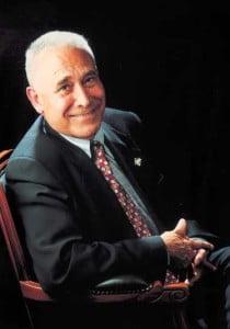Sr. Esteve Canteria