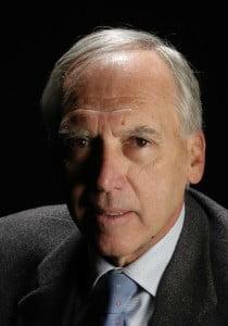 DR. CARLOS OLIVERAS LEY