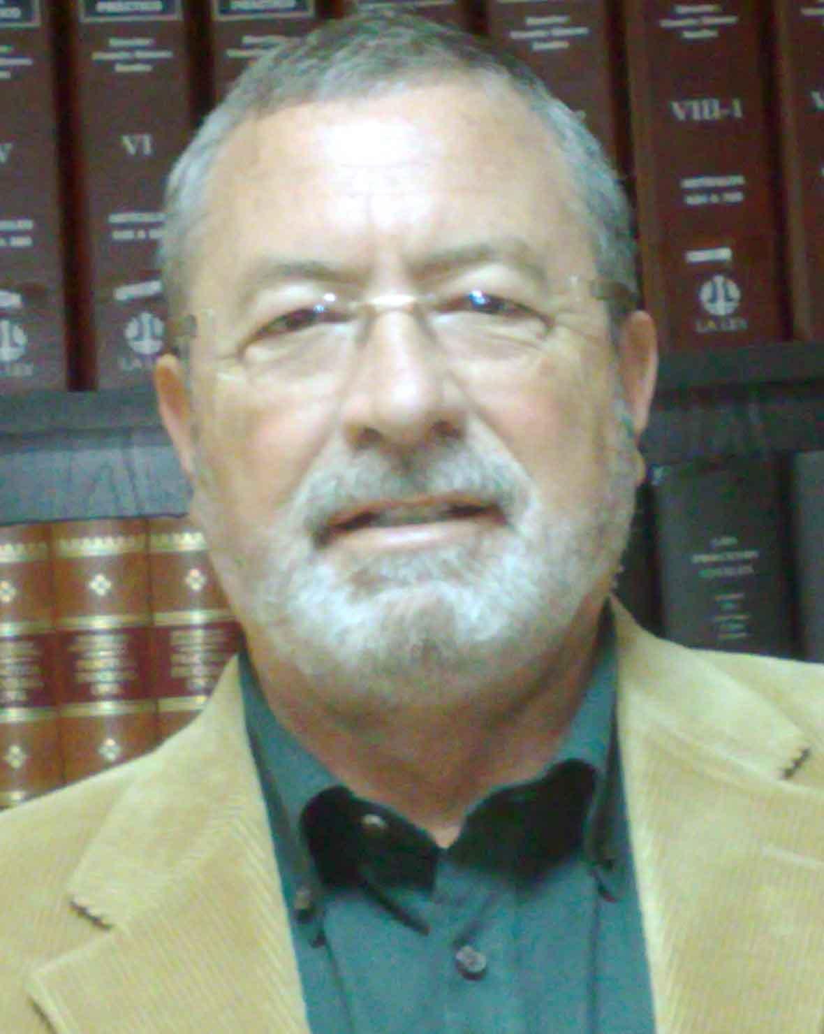 LUIS FERNANDO CABRERA CARABALLO