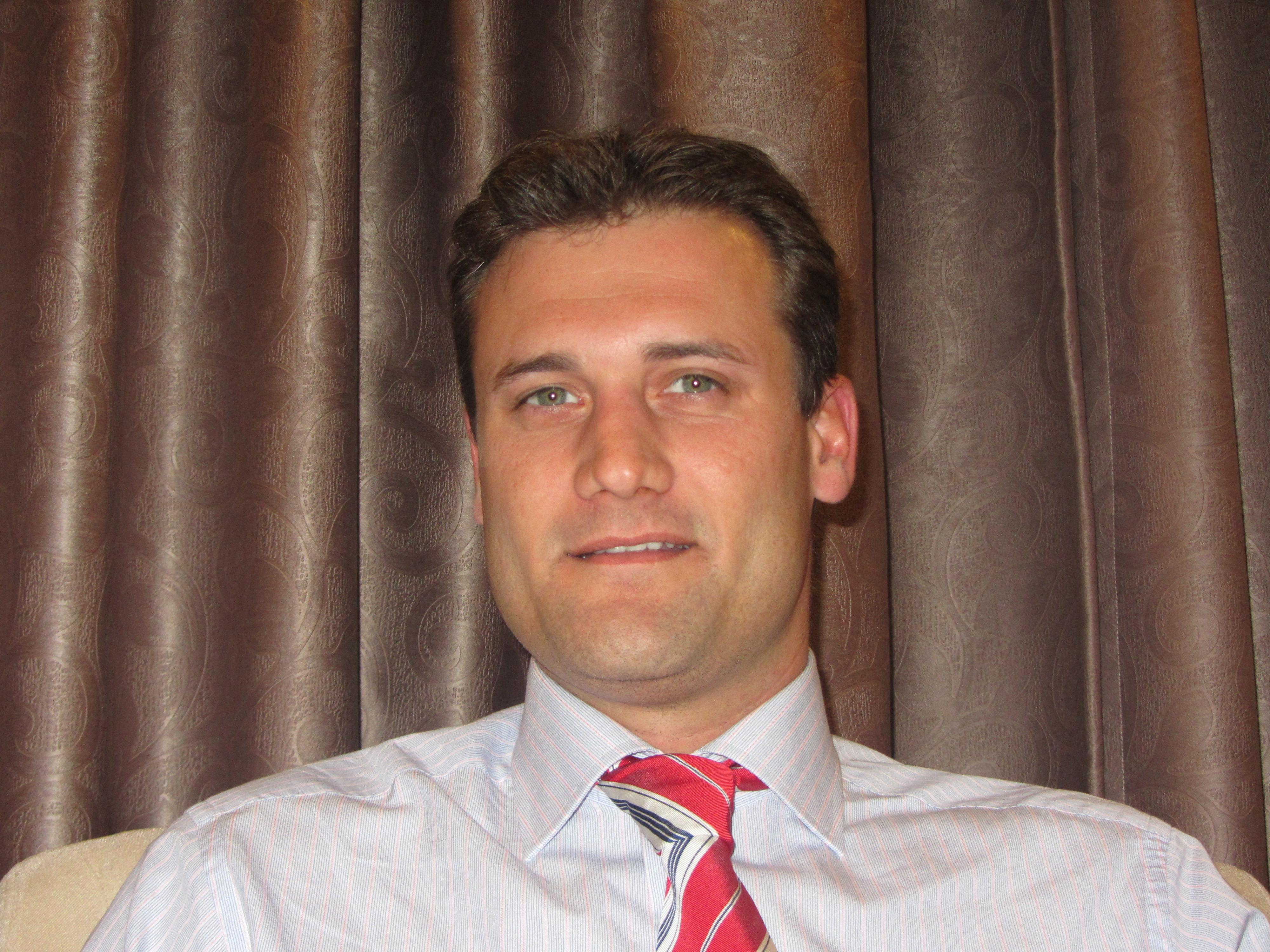 Sr.Christophe Blanc
