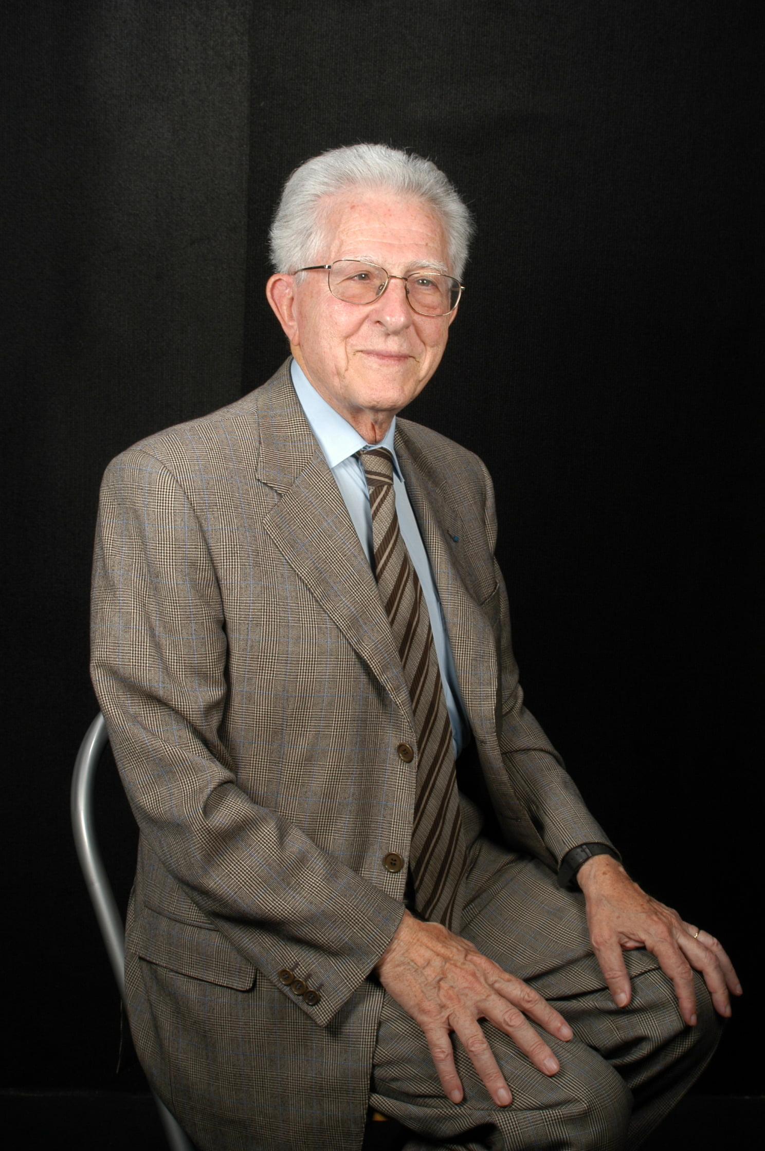Sr. Georges Seban