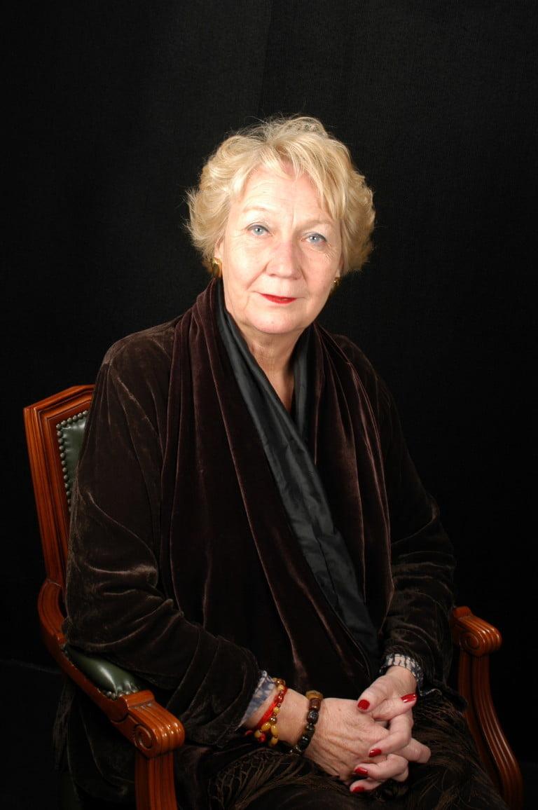 Sra. Hiltrud Amuser Burger