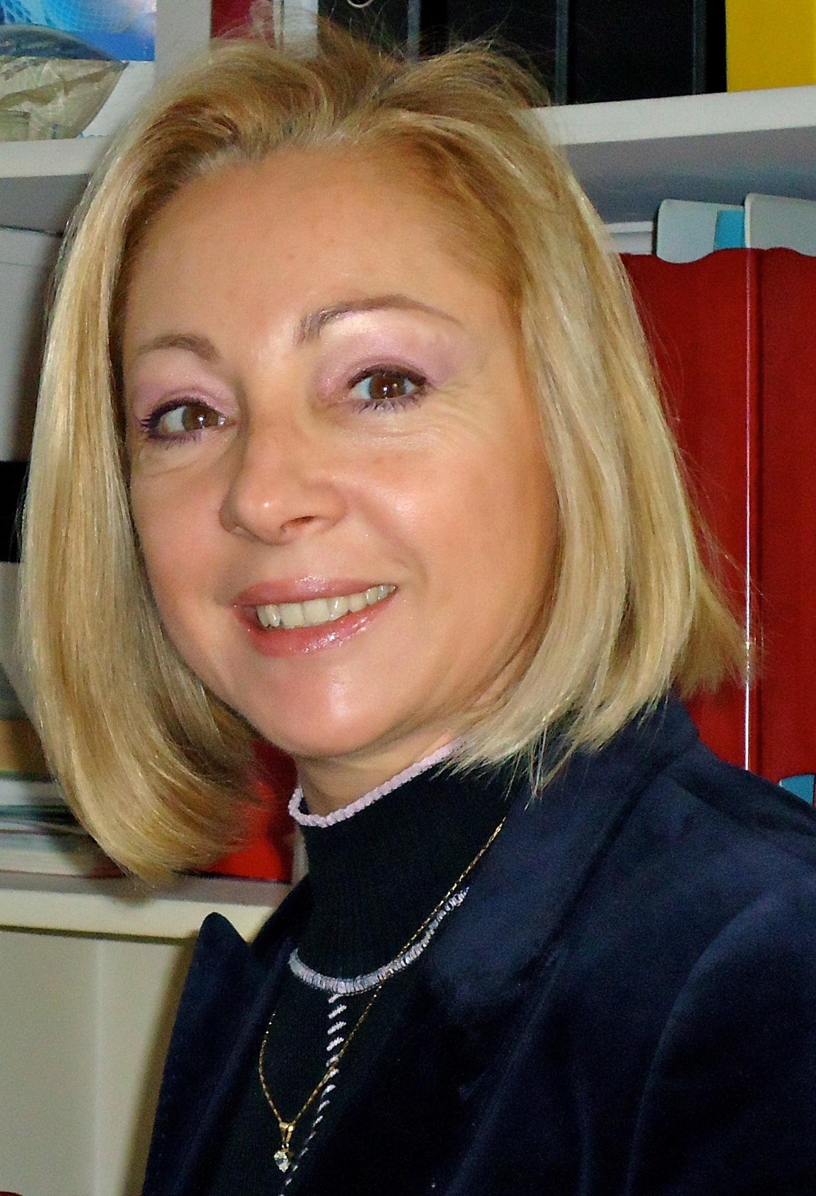 Sra. Lyldie Deguilhem