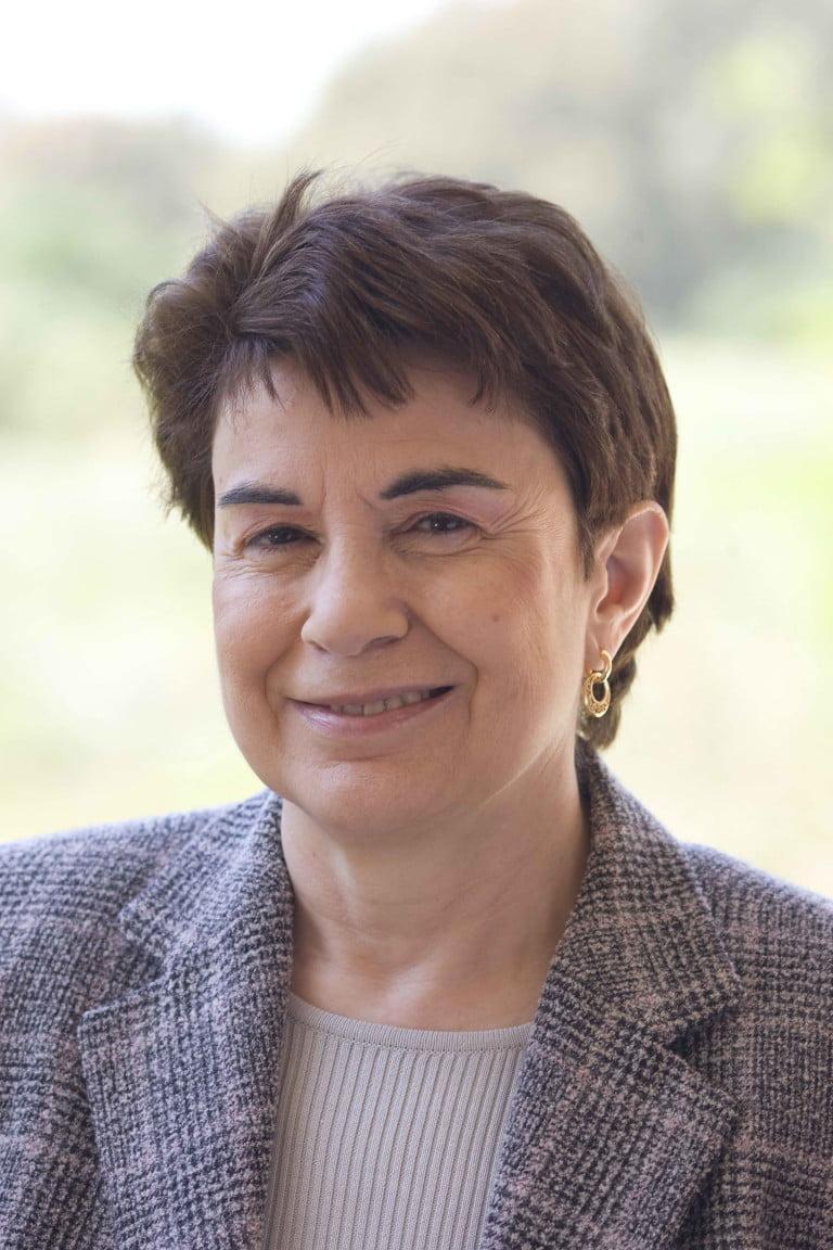 Sra. María Gozalo Crisol
