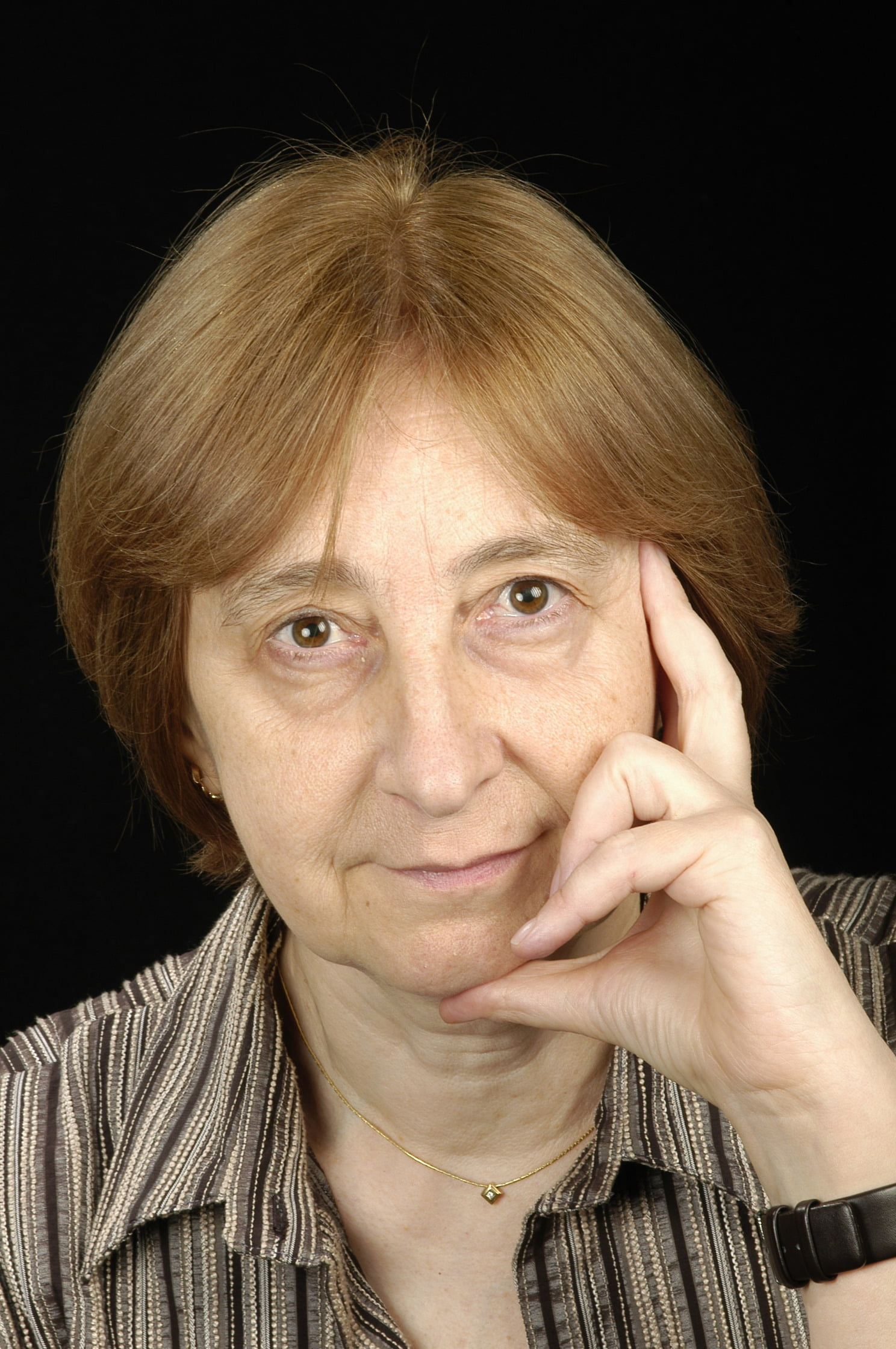 Dra. Montserrat Aguadé Porresº