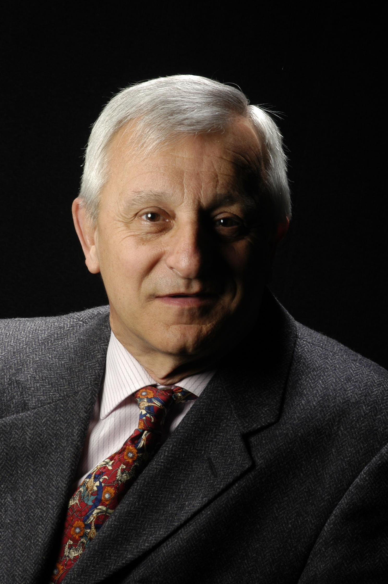 Dr. Juan Aguilar Piera