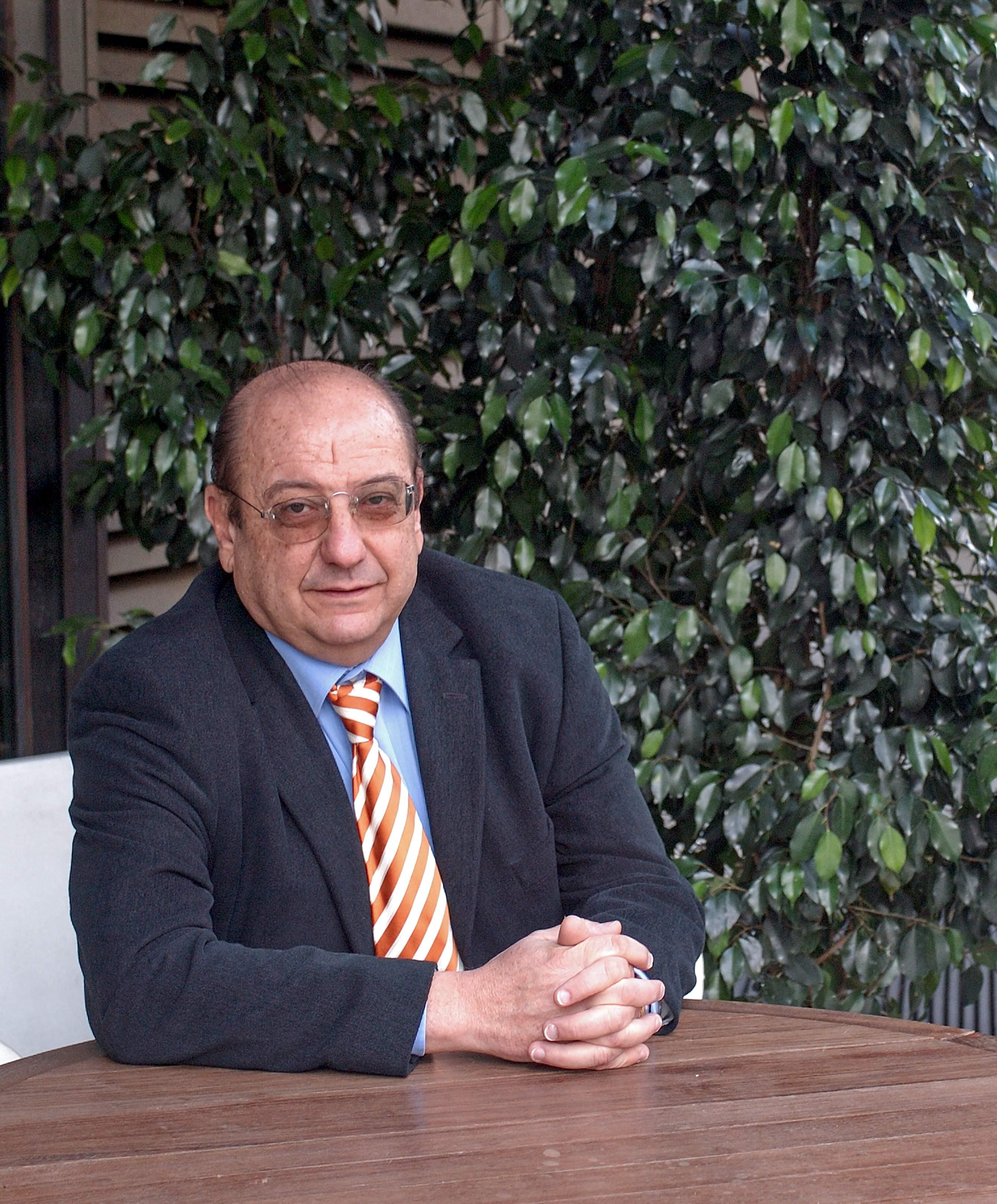 DR.ALEJANDRO PADRÓS FRADERA