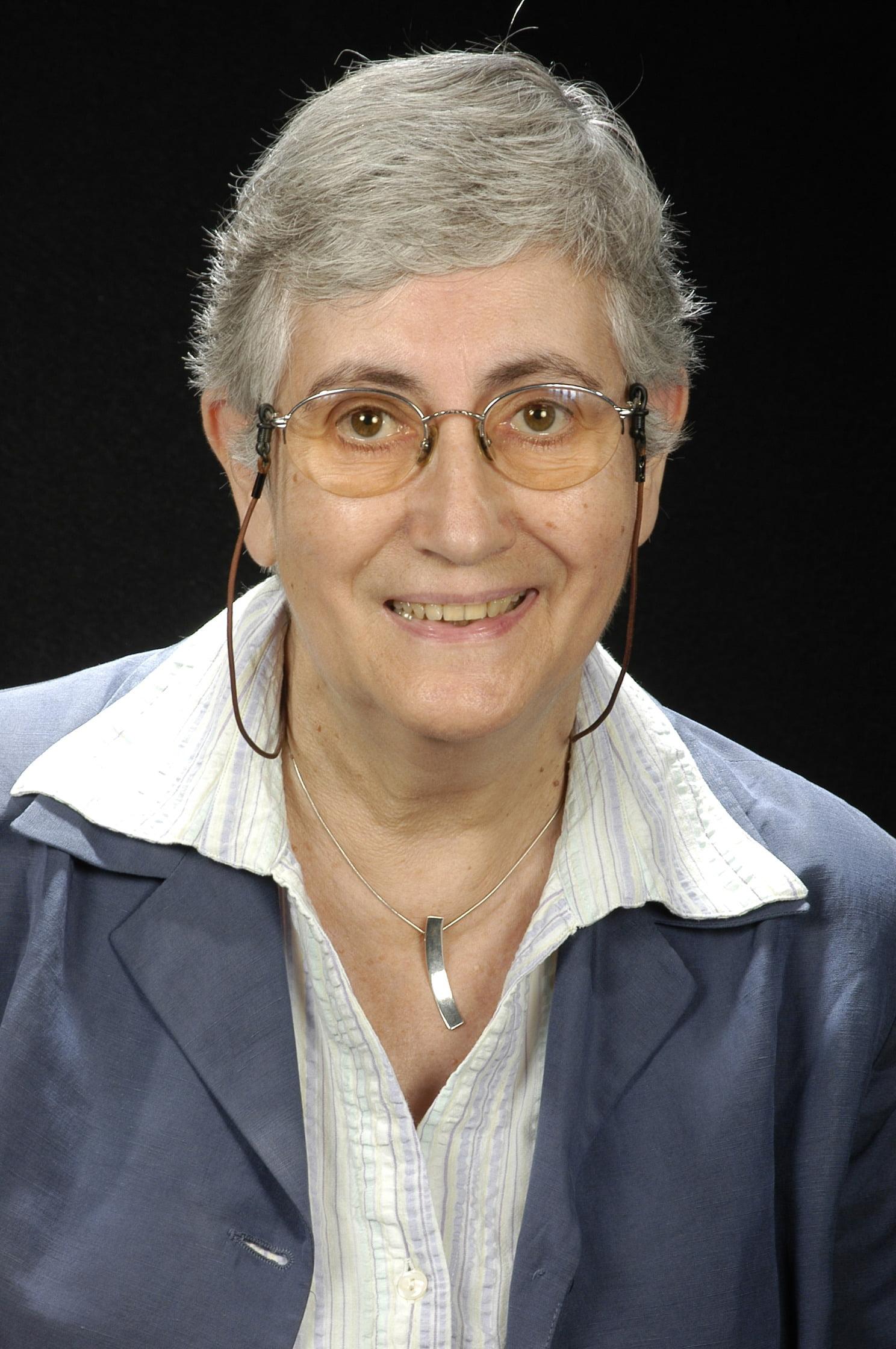Dra. Carme Angel Ferrer