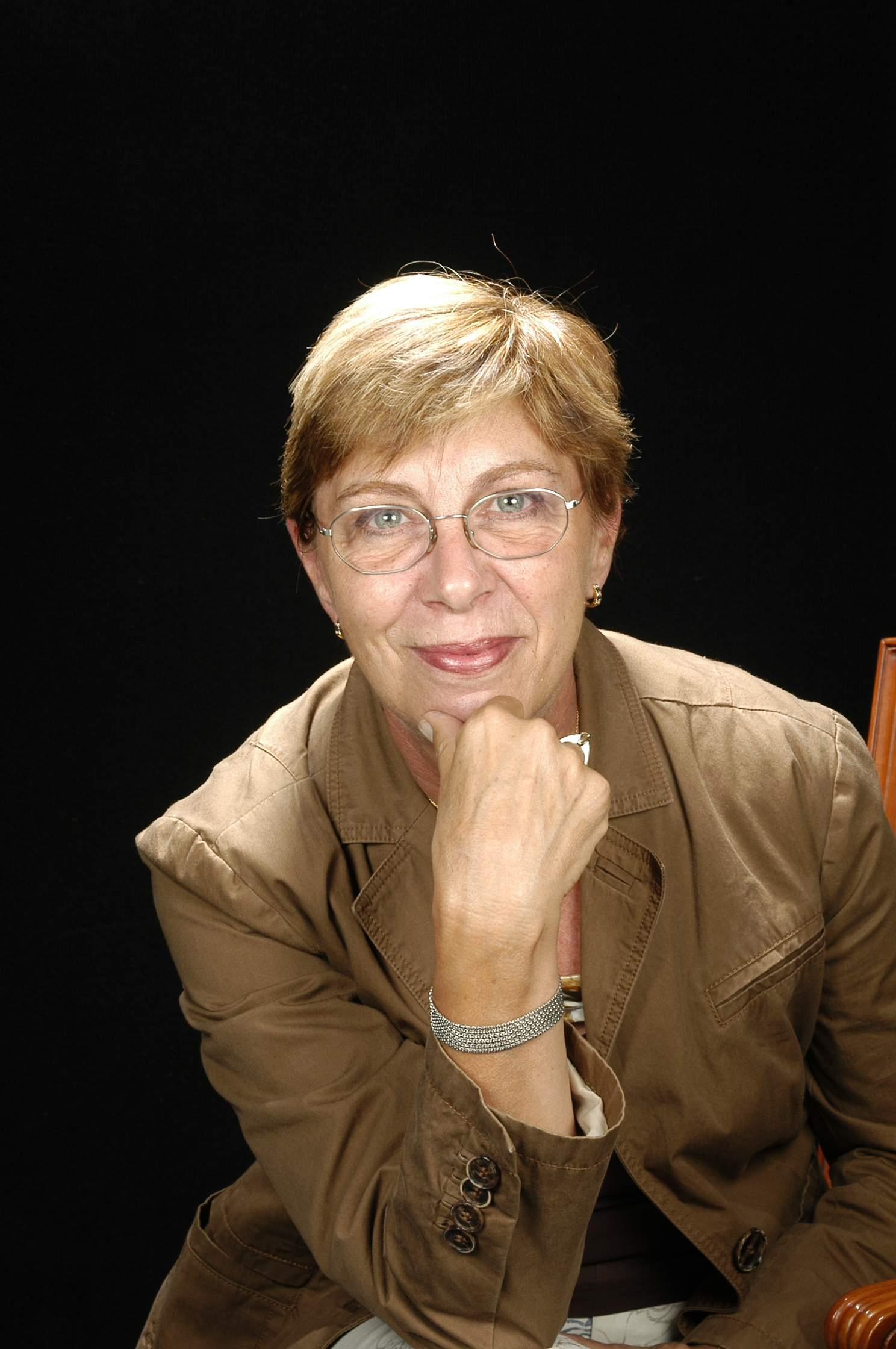Sra. Mª Concepción Antolín Munfort