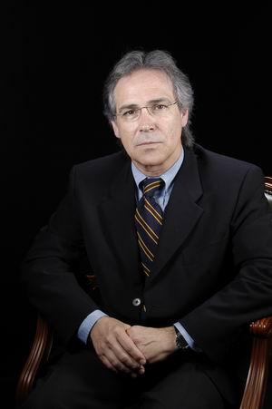 Dr. José Álvarez SabÍn