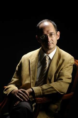 Dr. Javier Bara Casaus