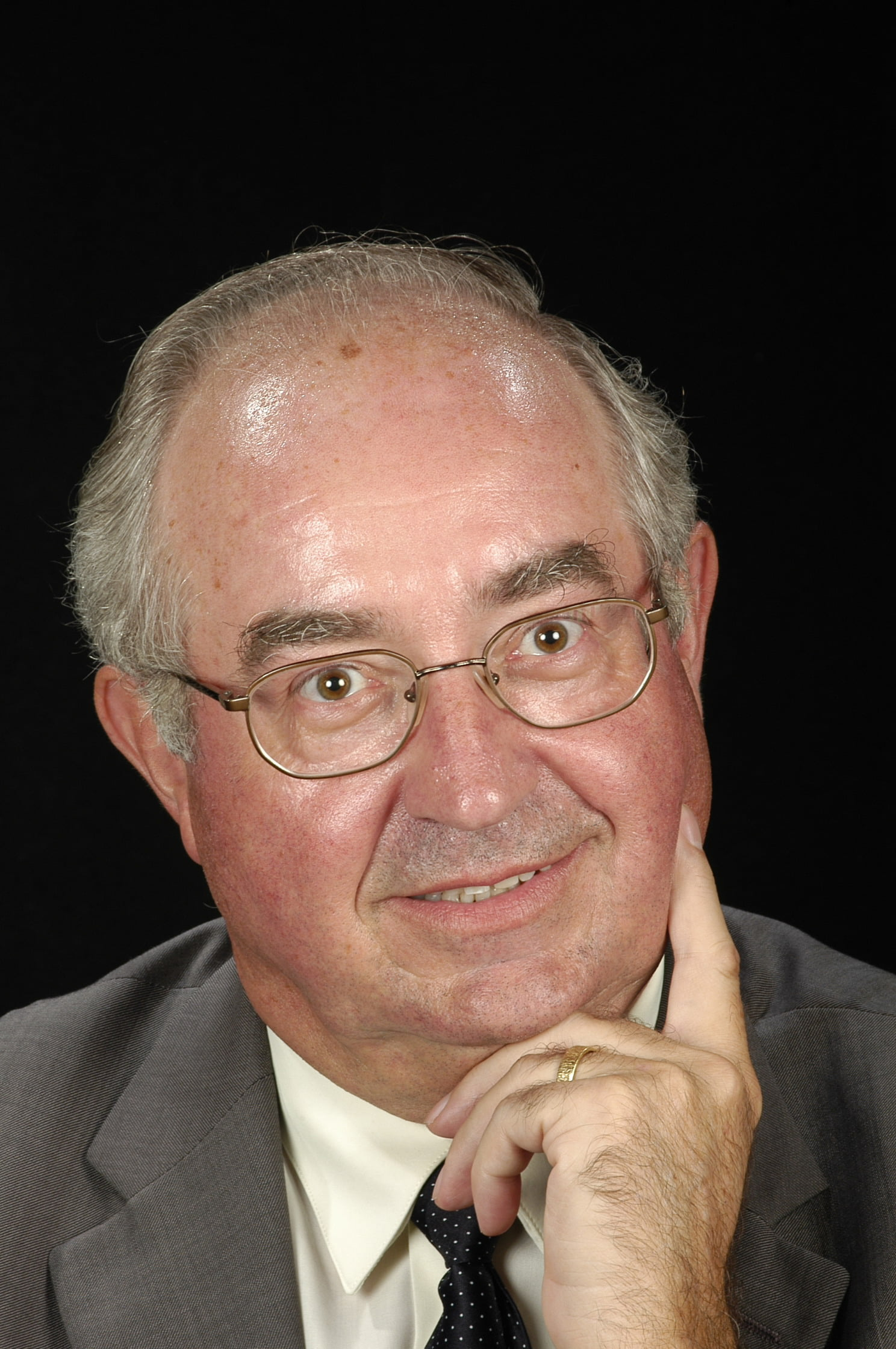 Dr. Marcel Blanco Romia