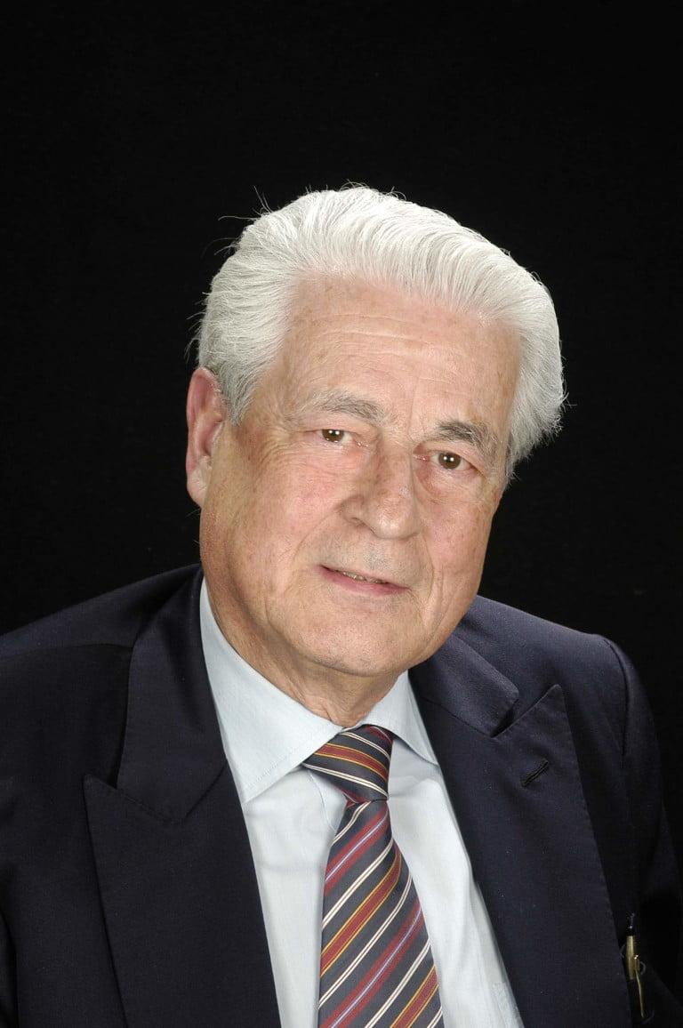 Dr. Antonio Bordas Costa