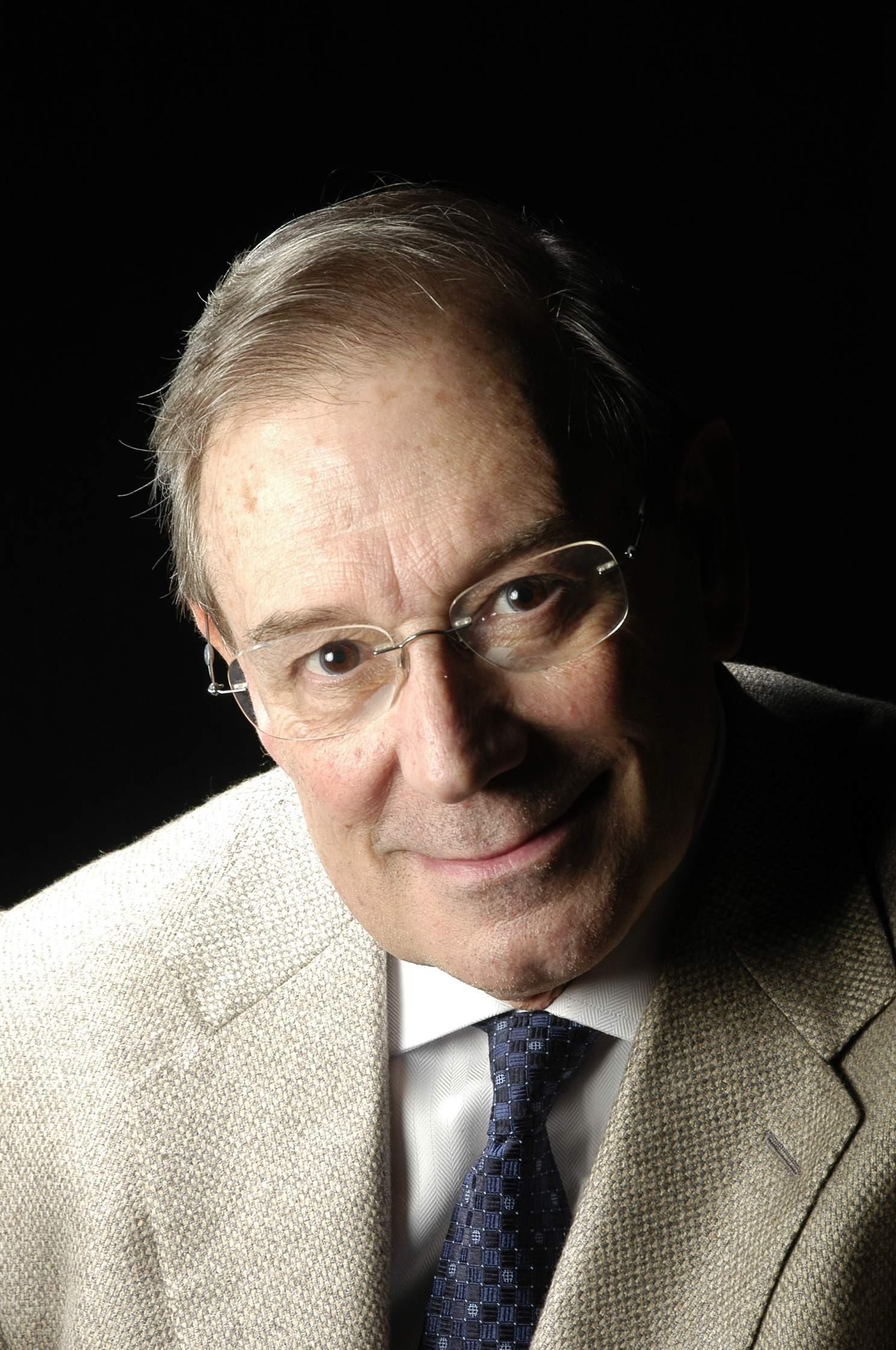 Dr. Esteve Brau Aguadé