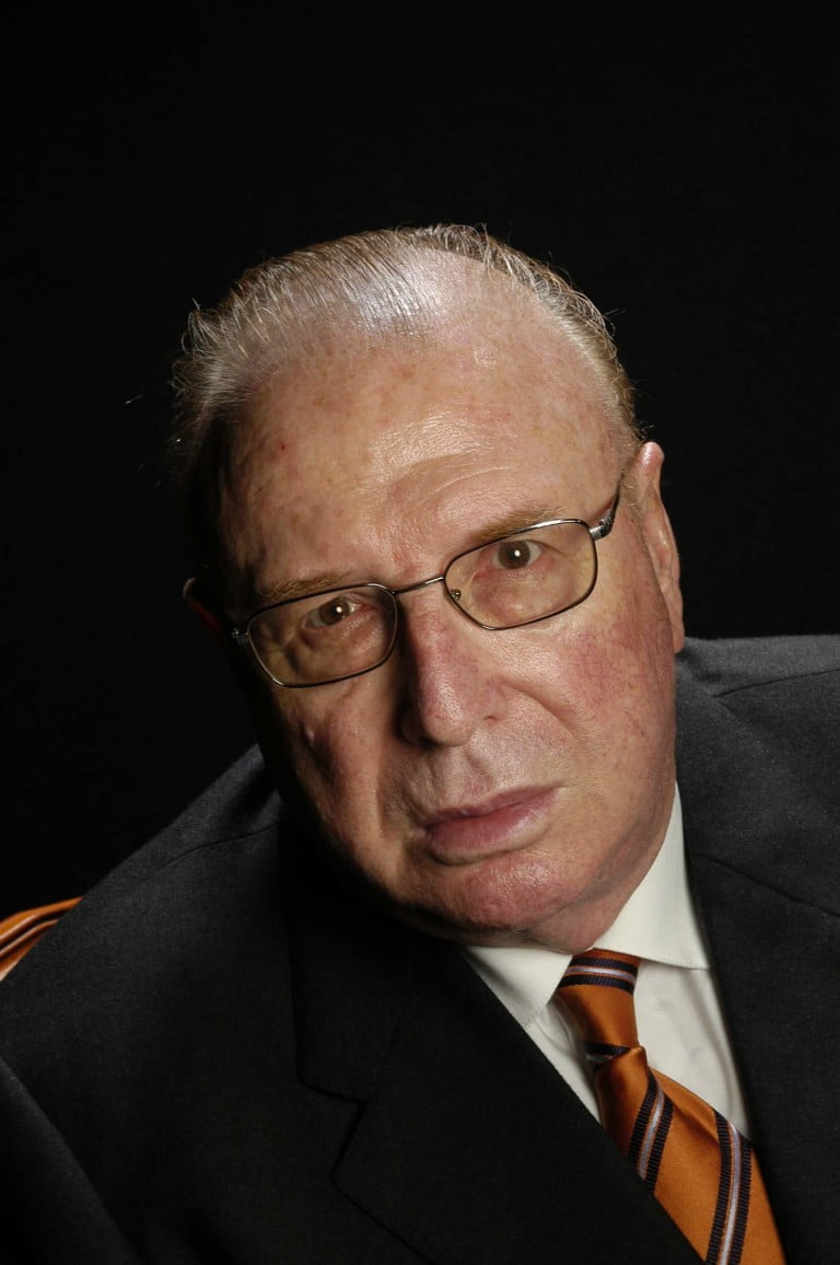 Dr. Ramon Canela Arqués