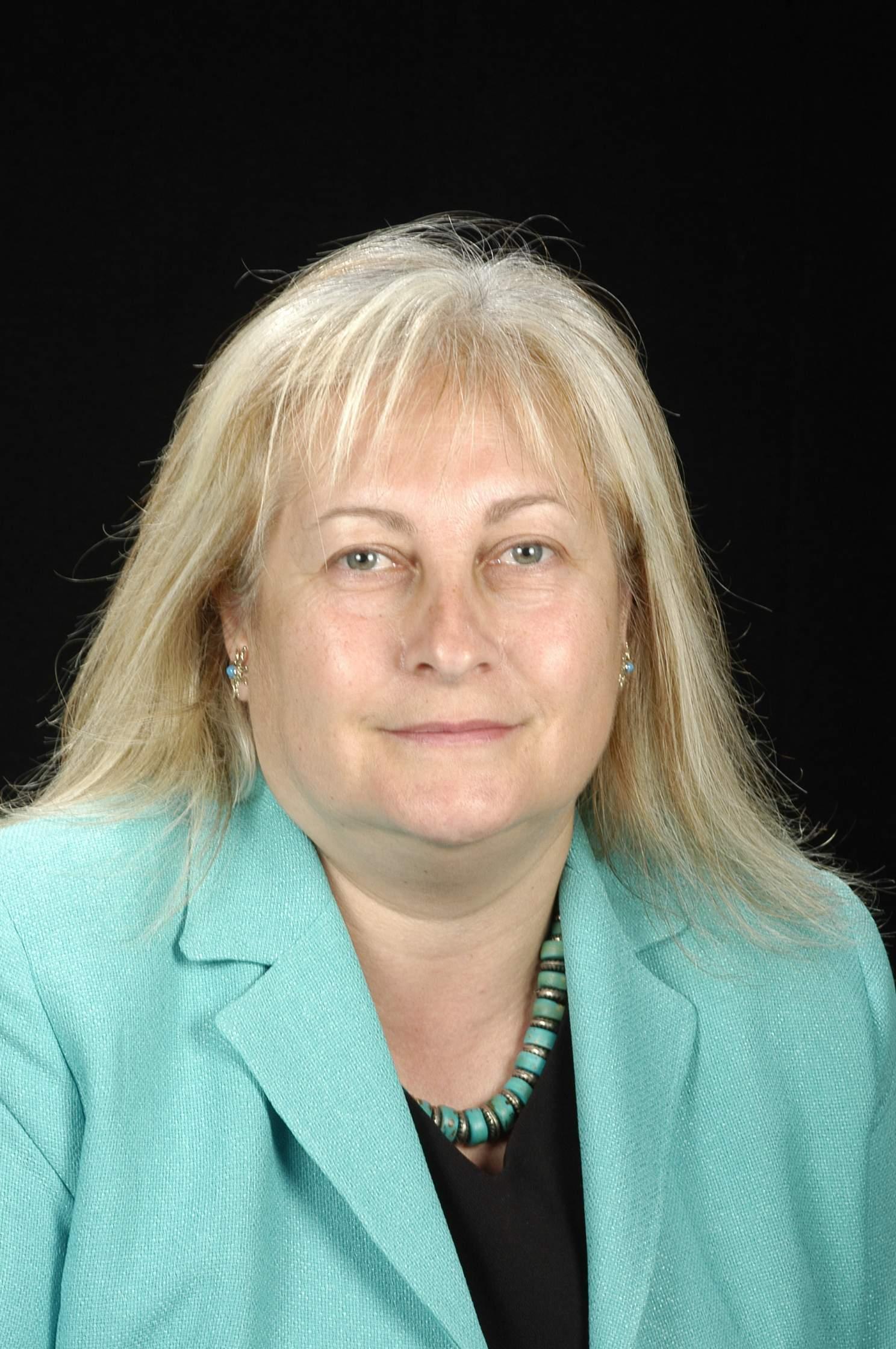 Dra. Isabel Carvajal Lizano