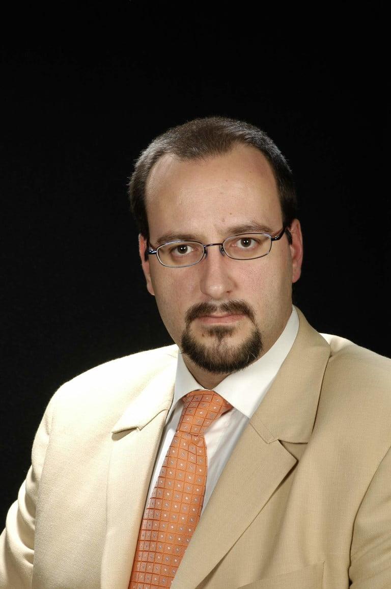Dr. Carlos Casalots Pujadas