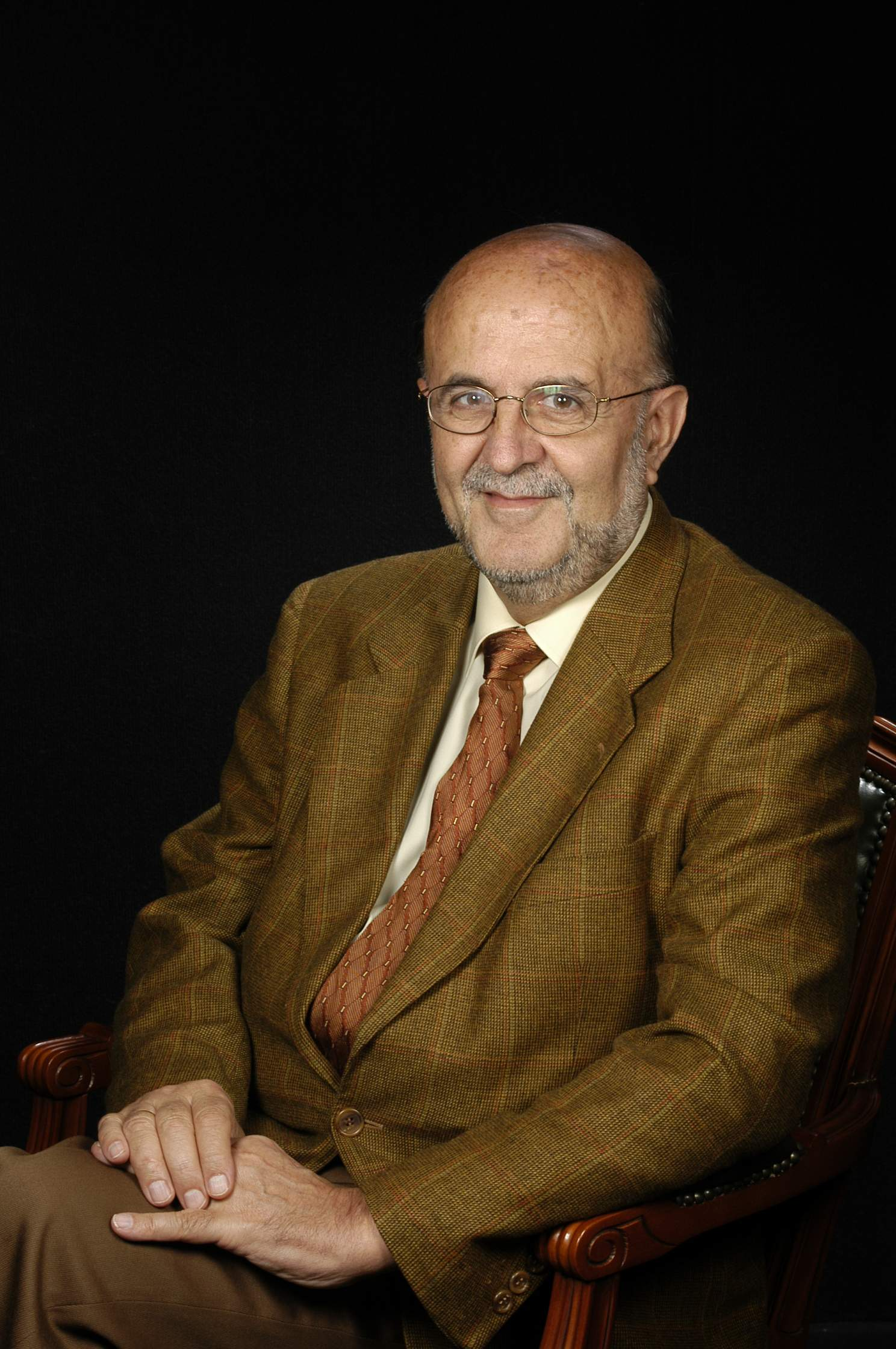 Dr. Eduard Castells Cuch
