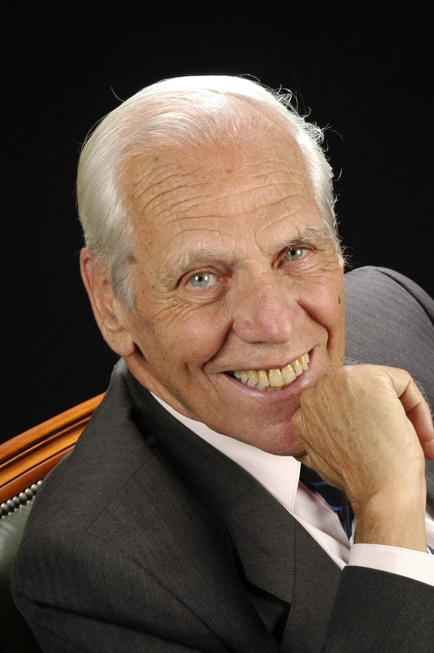 Dr. Jordi Cervós Navarro