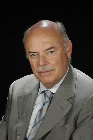 Dr. Manuel Clavel Escribano