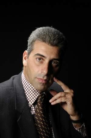 Dr. Alejandro Colls Cámara