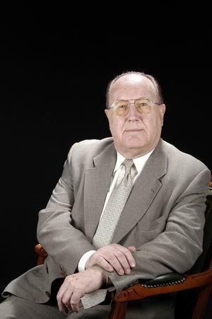 Dr. Andreu Coret Novoa
