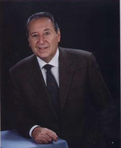 Dr. Fernando Echevarne Florence