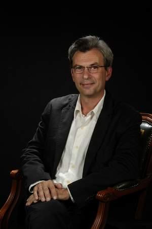 Dr. Rafael Fernández Fernández