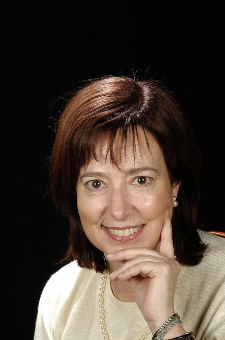 Dra. María Ferrándiz Mach