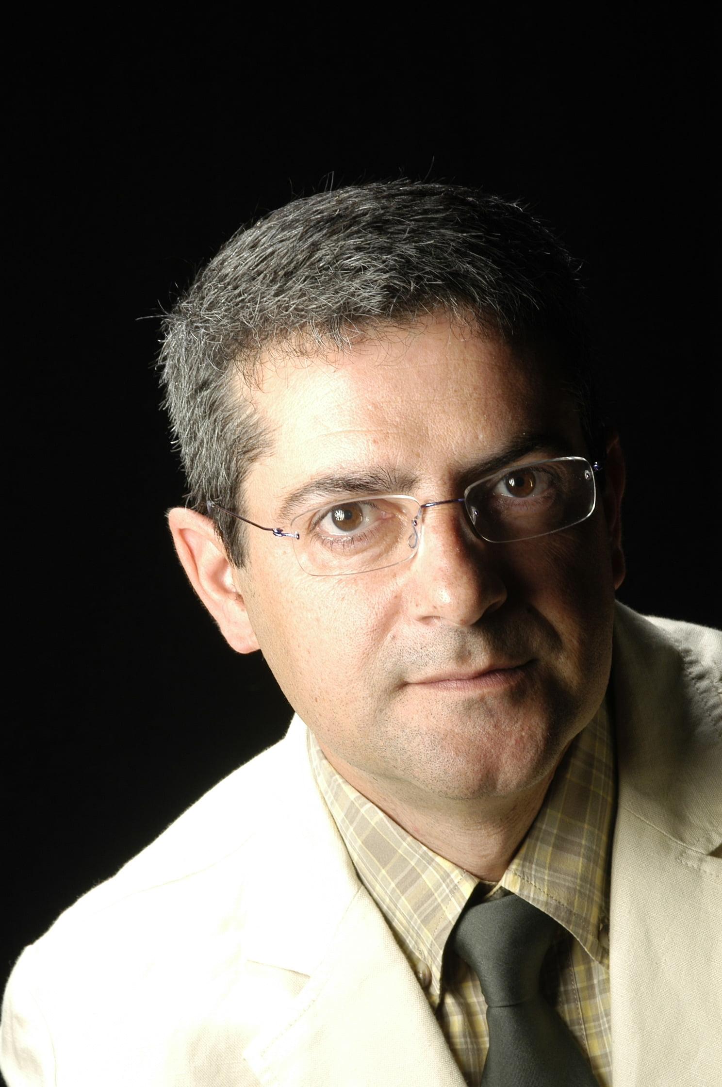 Dr. Crisanto Gómez López