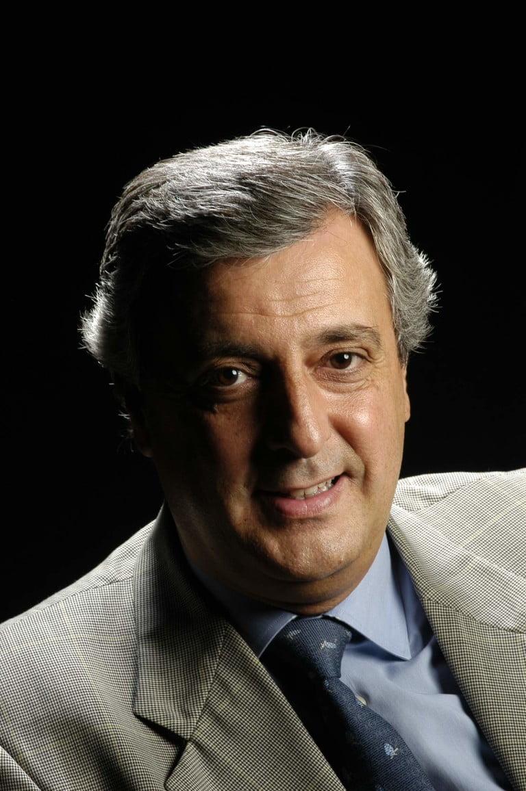 Dr. Juan Carlos García-Valdecasas Salgado