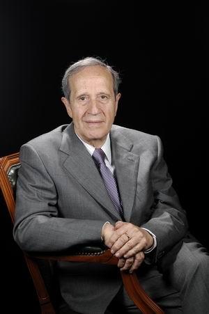 Dr. Jesús González-Merlo