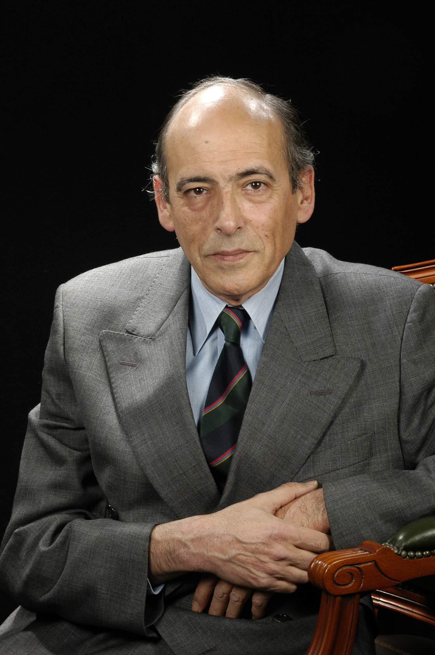 DR. AGUSTÍN LÓPEZ NÚÑEZ