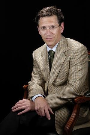 Dr. Daniel Malet Hernández
