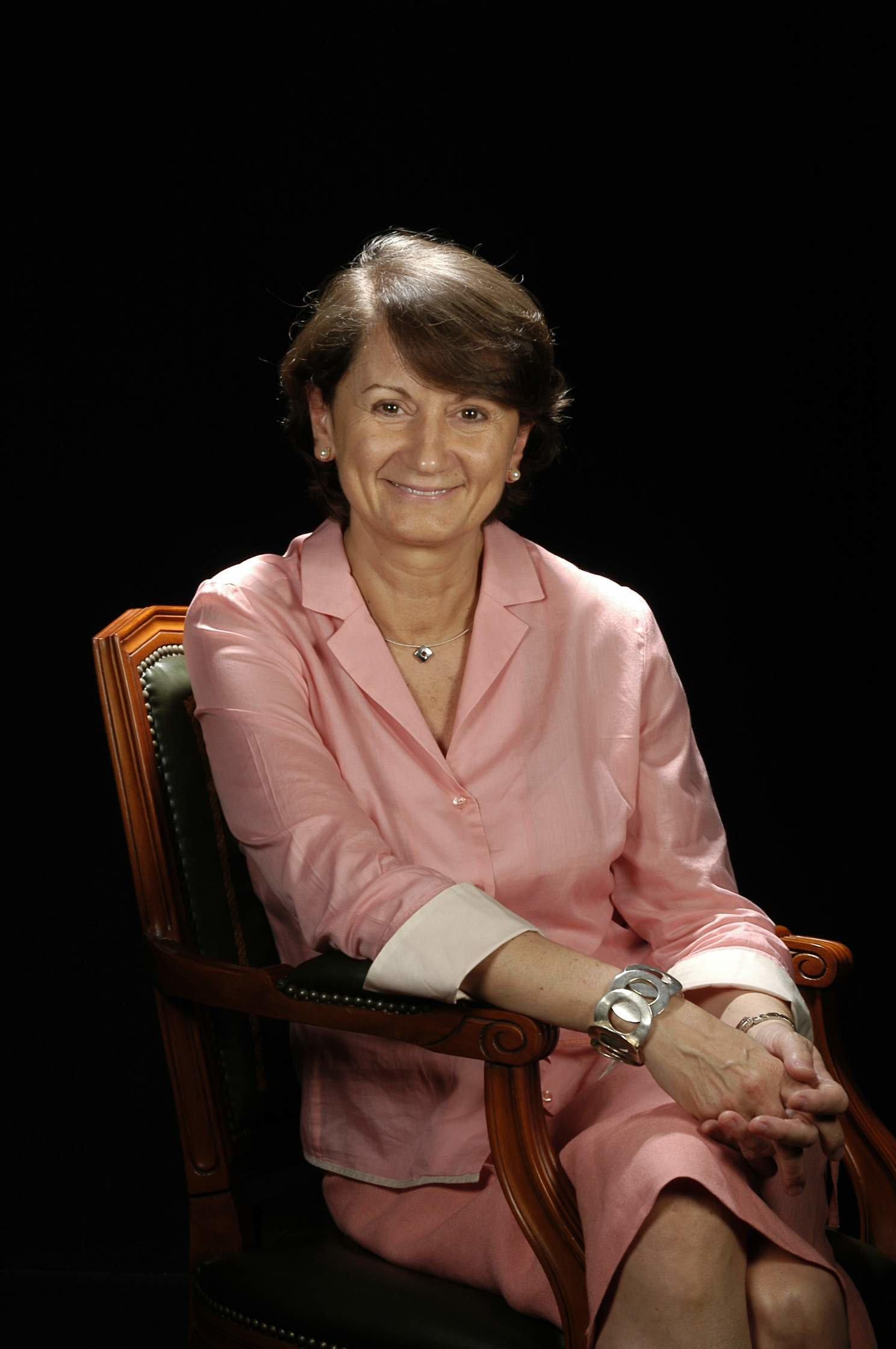 Dra. Montserrat Manubens Grau