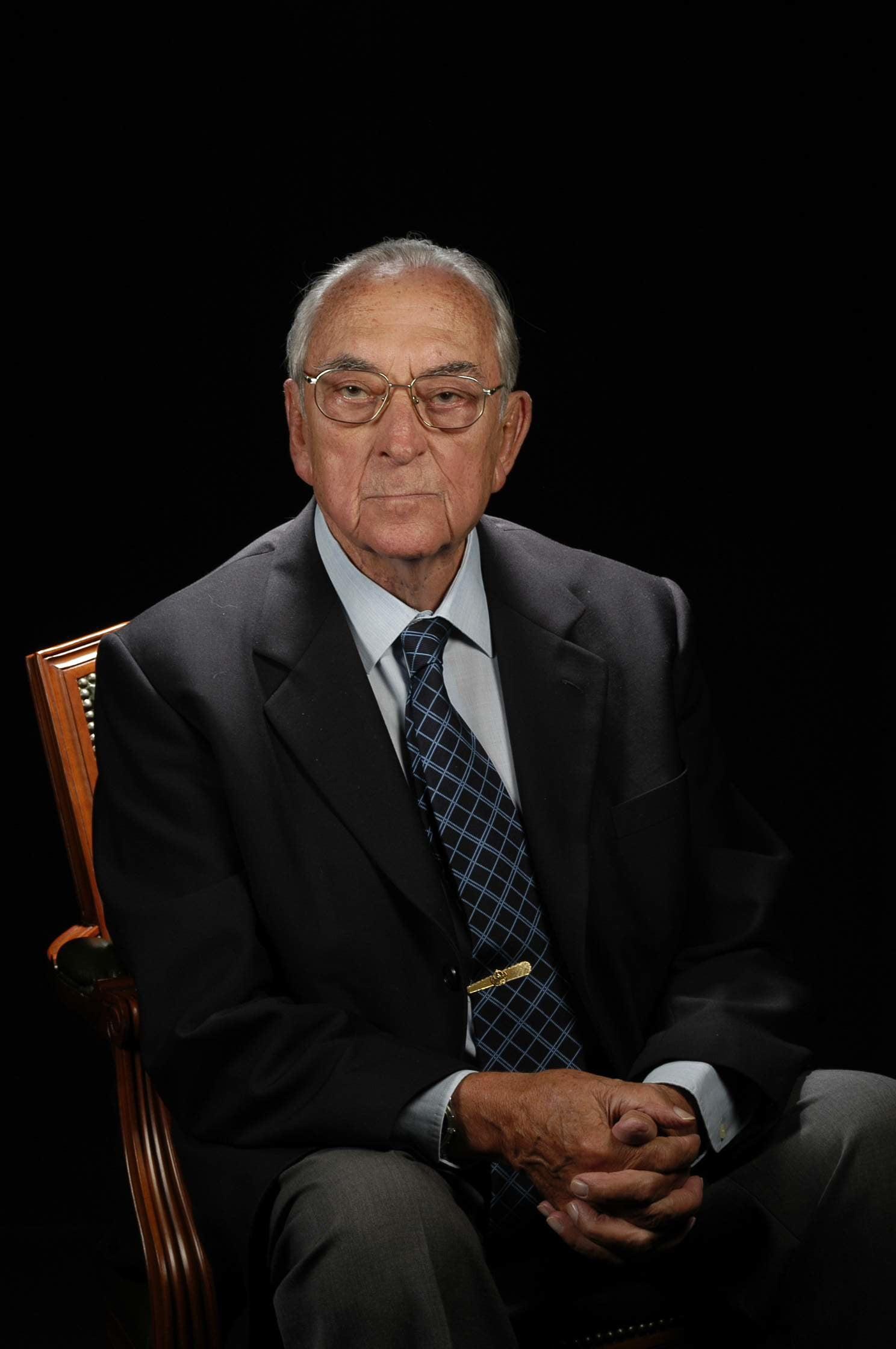 Dr. Alfredo Muiños Simón