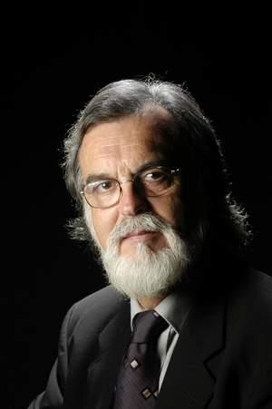 Dr. Ángel Olazabal Zudaire