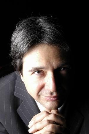 Dr. Ángel Olmo Romero