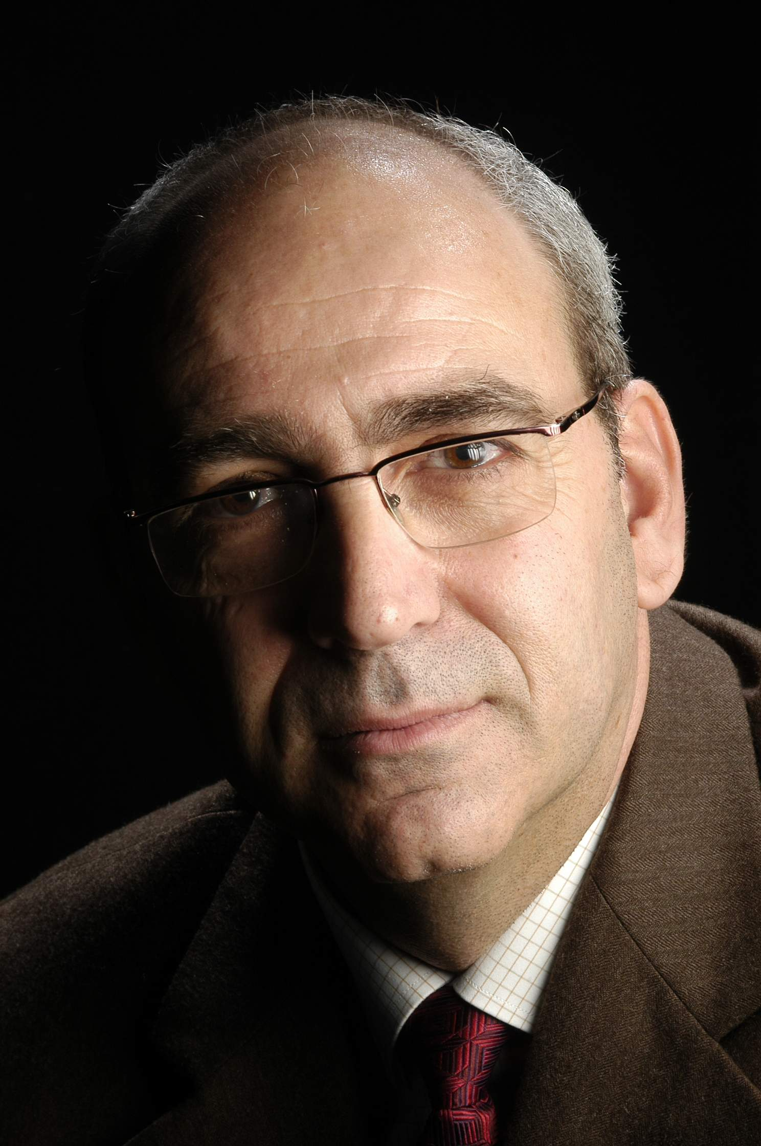 Sr. Carlos Tomás Pérez Sánchez