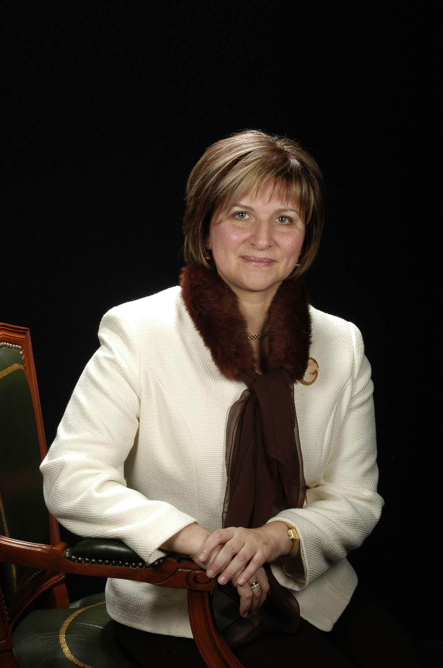 DRA. ROSA M. PARÉS MARIMÓN