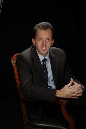 DR. JOSEP PRAT ESCAYOLA