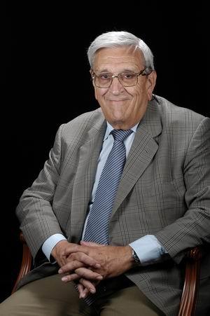 Dr. Lluis Revert Torrellas