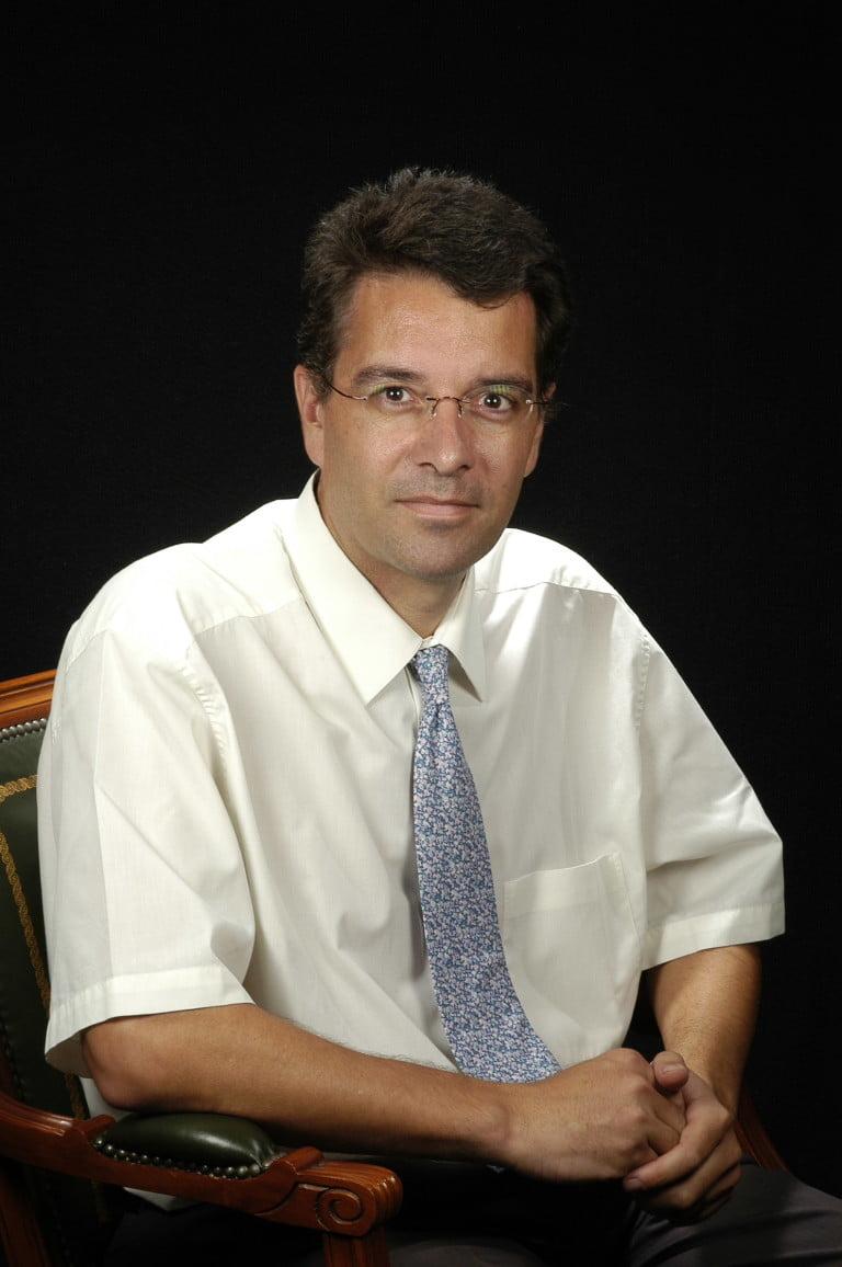 Dr. Mateu Serra-Prat