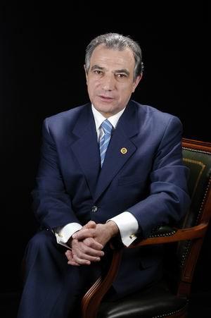 Sr. Santos Sastre Fernández