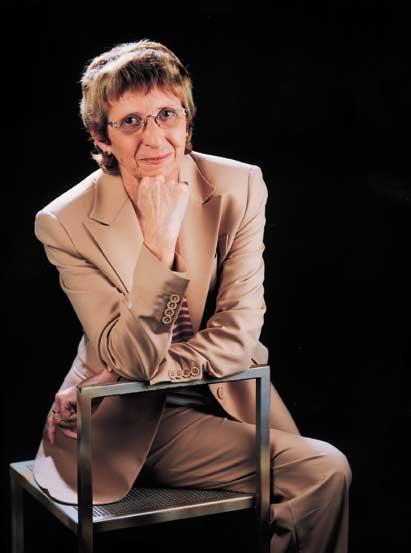 Sra. Montserrat MINOBIS I PUNTONET