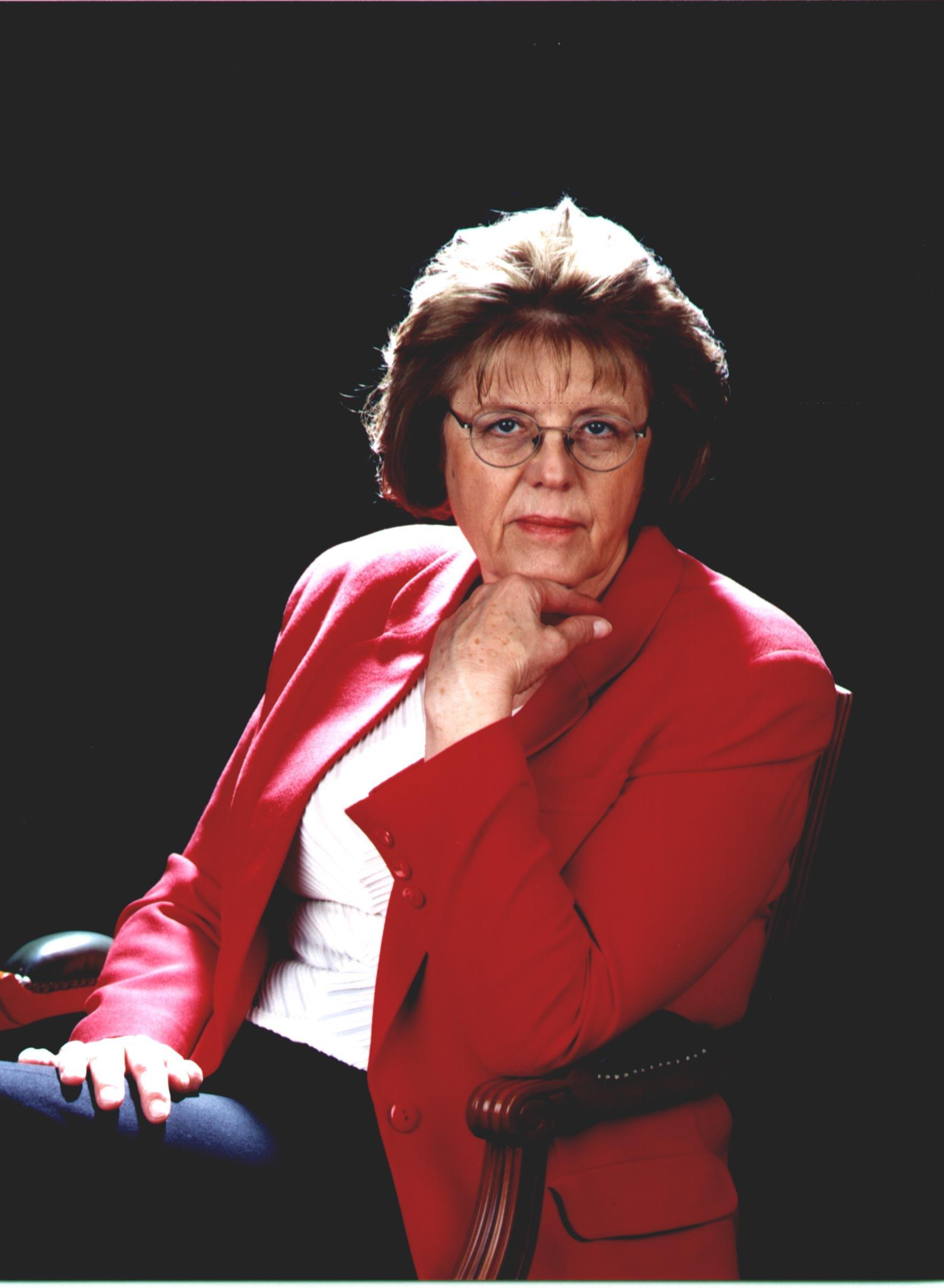 Sra. Anna Balletbó Puig