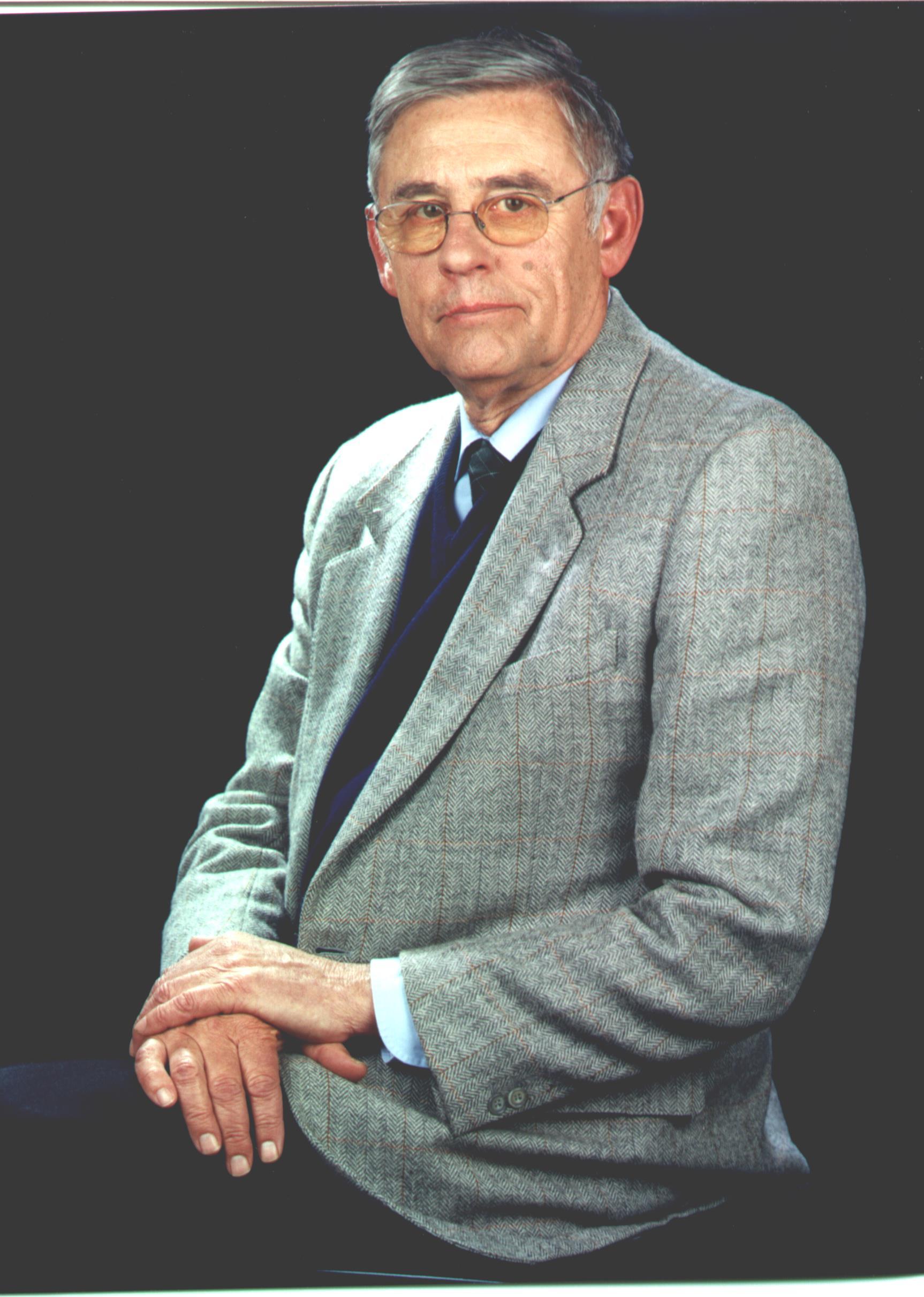 Sr. De Anzizu