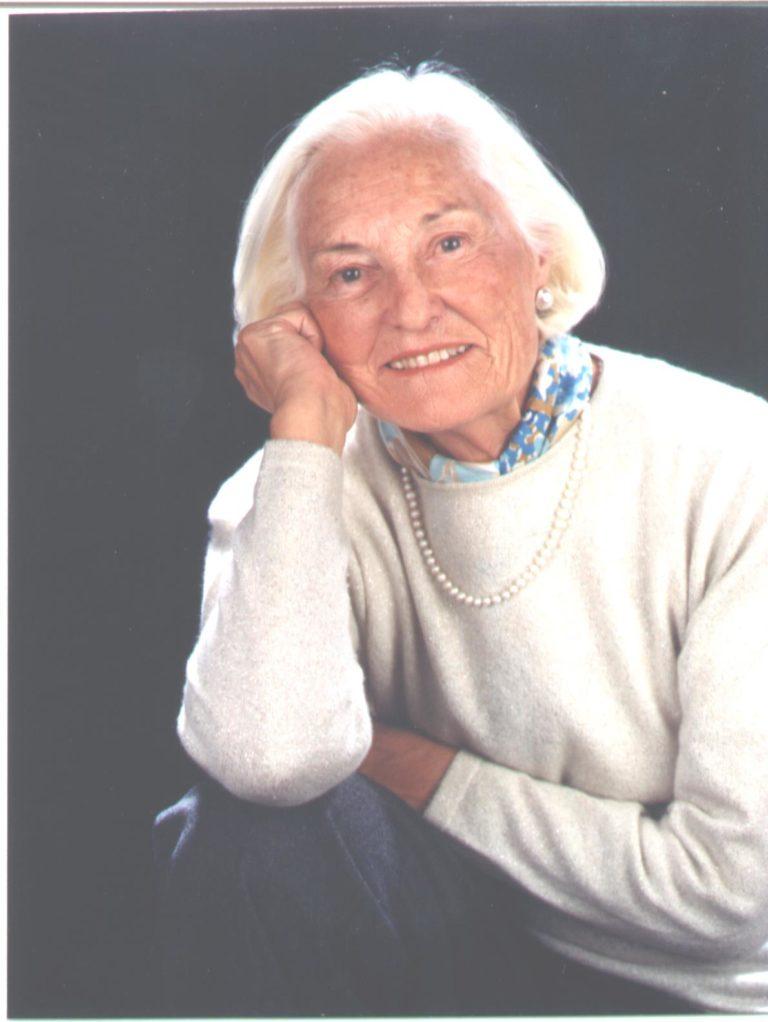 Sra. Irene Vázquez Mier